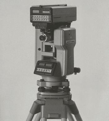 Topografía en años 80 – 1 (by LEICA)